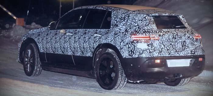El Mercedes concept EQC en las pruebas de invierno