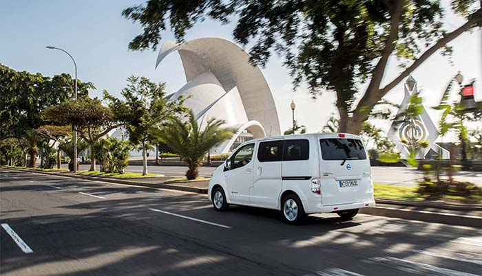 La factoría de Nissan Barcelona se centrará en la producción de la e-NV200, 100% eléctrica