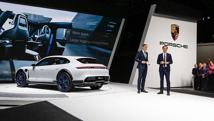 Nuevo variante eléctrica de Porsche, el Mission E Cross Turismo en Ginebra