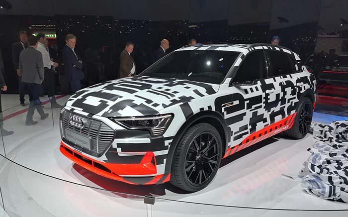 Presentación del Audi e-tron en el Salónde Ginebra 2008