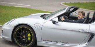 La red de recarga ultrarrápida de Porsche se instalará en sus concesionarios
