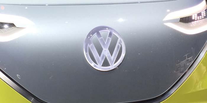 Logotipo de Volkswagen presentado en los concept de la familia eléctrica I.D.