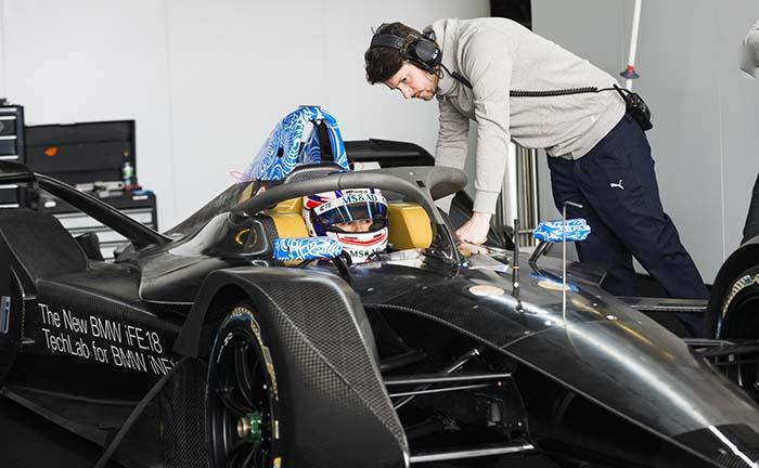 Tom Blomqvist tras el volante del BMW iFE.18