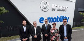Irizar inaugura su primera planta e-mobility en Aduna