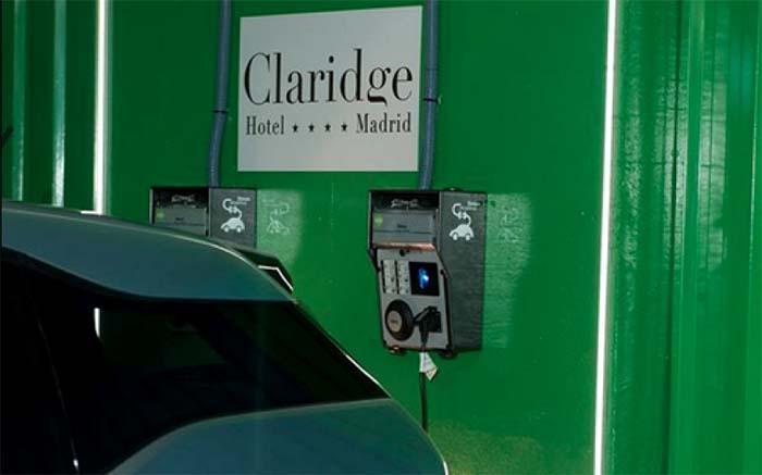 Puntos de recarga en el Hotel Claridge de Madrid