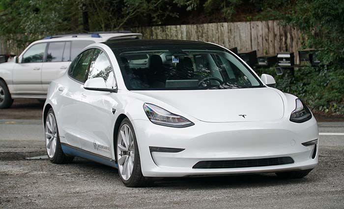 Tesla model 3 dual motor