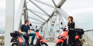 Bird y Scoot son compañías de vehículos compartidos. Ambas empresas están presentes en España.