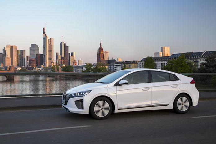 Hyundai IOINIQ PHEV