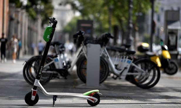 El uso, la circulación y el estacionamiento del patinete eléctrico