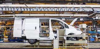 e-NV200 factoría de Nissan
