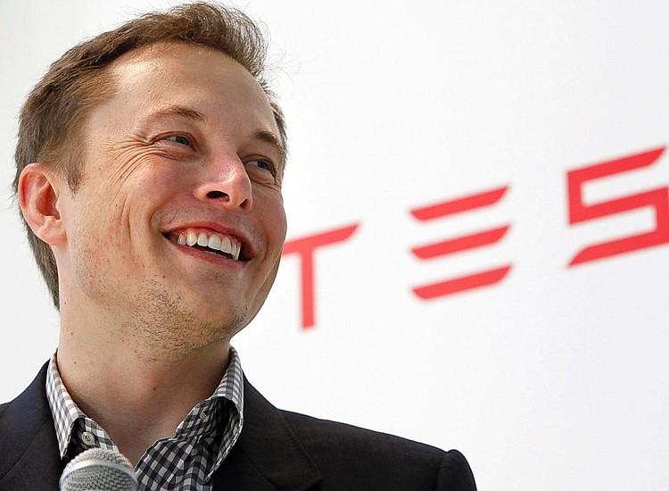 Tesla reduce precio del vehículo para consumo masivo