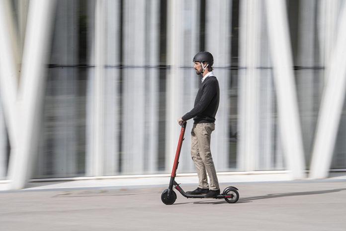 SEAT eXS KickScooter
