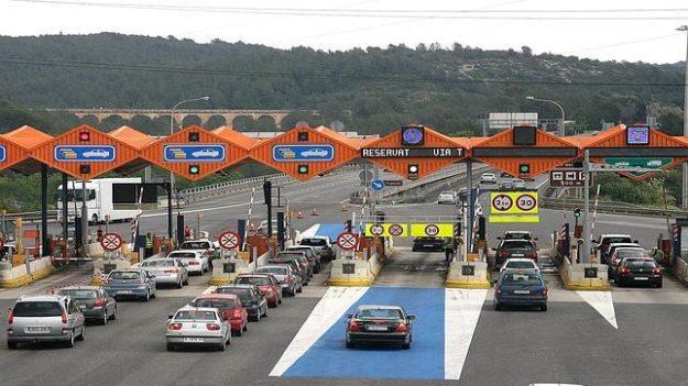 El peaje para autopistas y autovías que estudia el Gobierno