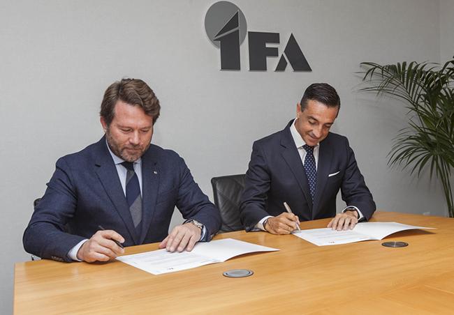 Firma de acuerdo Nissan e IFA