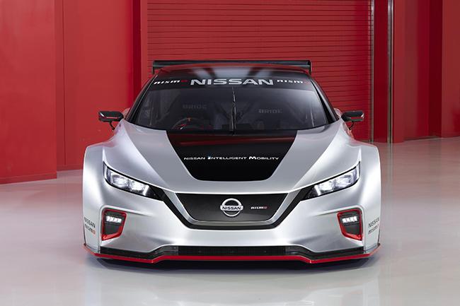 Nuevo vehículo de competición de Nissan
