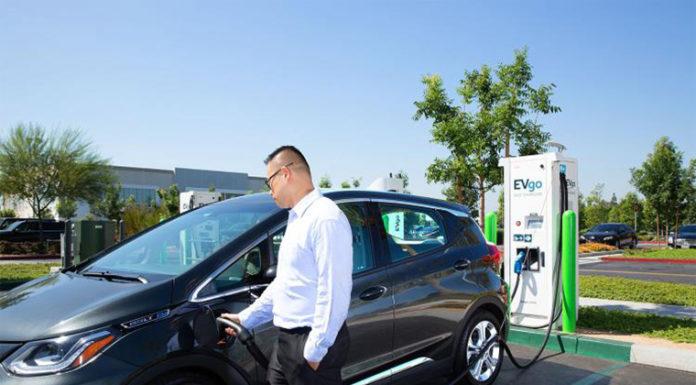 acuerdo de colaboración de General Motors con EVgo, ChargePoint and Greenlots