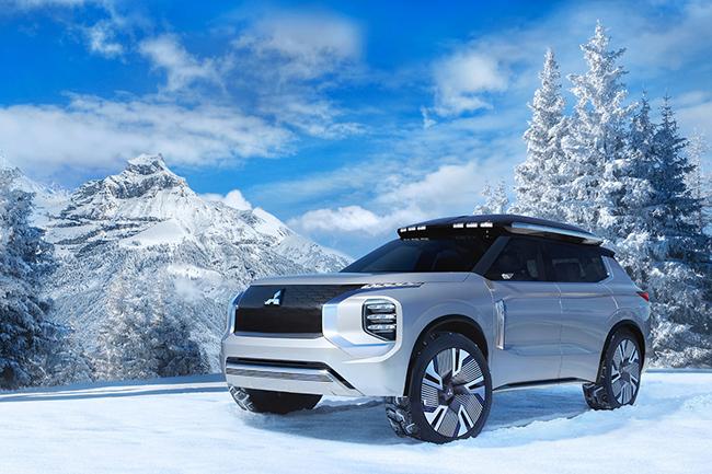 Mitsubishi Engelberg Tourer, el nuevo híbrido-enchufable de la marca