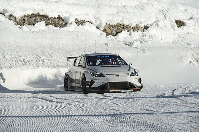 El Cupra e-Racer se prepara a fondo para las E-TCR