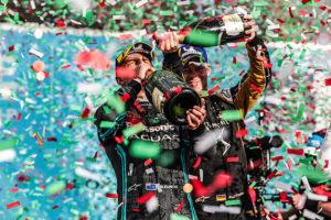 Mitch Evans (NZL), Panasonic Jaguar Racing, y Andre Lotterer (DEU), DS TECHEETAH