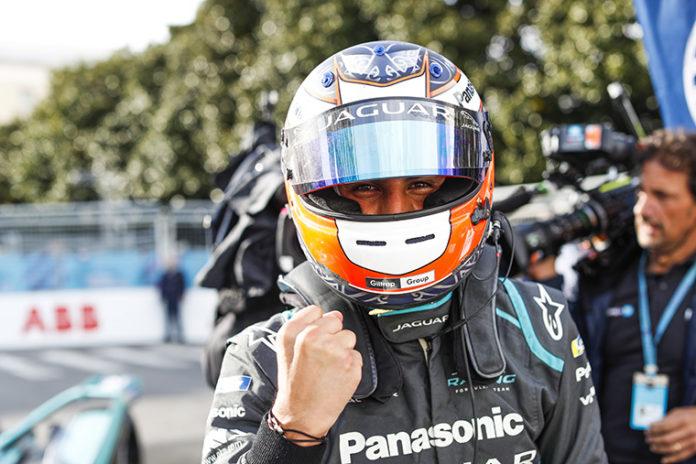Mitch Evans (NZL), Panasonic Jaguar Racing, Jaguar I-Type 3 vencedor de la séptima carrera