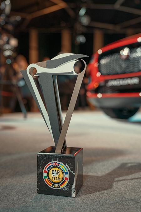 Premio para el I-PACE como Mejor Coche de Europa 2019.