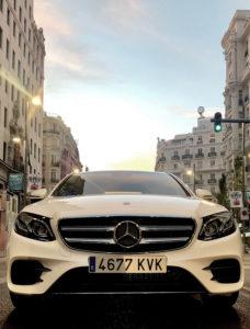El nuevo Clase E 300 de incorpora un motor diésel de última generación. El consumo del vehículo está homologado en 1,7 l/100 km.