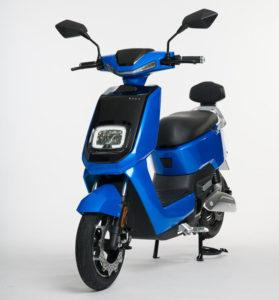 La NEXT NX1 estará disponible en tres colores: negro, azul y blanco.