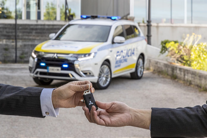 Mitsubishi ha entregado 23 unidades del Outlander PHEV a la policía municipal.