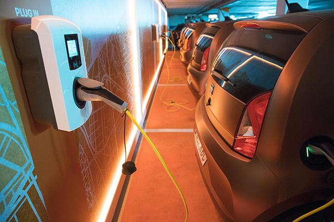 Los retos tecnológicos a los que se enfrenta el vehículo eléctrico para su expansión son importantes, de cara a la movilidad sostenible.