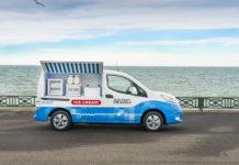 Prototipo de furgoneta de helados de Nissan para Mackie's of Scotland.
