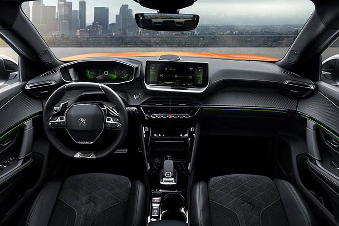 Incorpora el Peugeot i-Cockpit® 3D, una innovación que facilita la conducción y la seguridad.