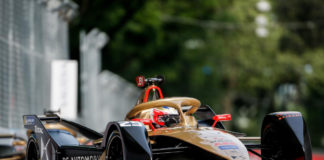 Jean Eric Vergne está a un paso de revalidar el título de campeón en la final de la quinta temporada de la Fórmula E. Su equipo, DS Teechetah también puede alzarse con la victoria.
