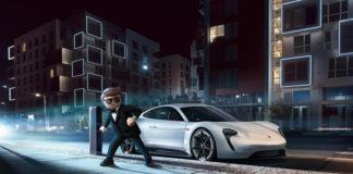 """Rex Dasher, el agente secreto que conduce un Porsche Mission E en el film de animación """"Playmobil: La Película""""."""