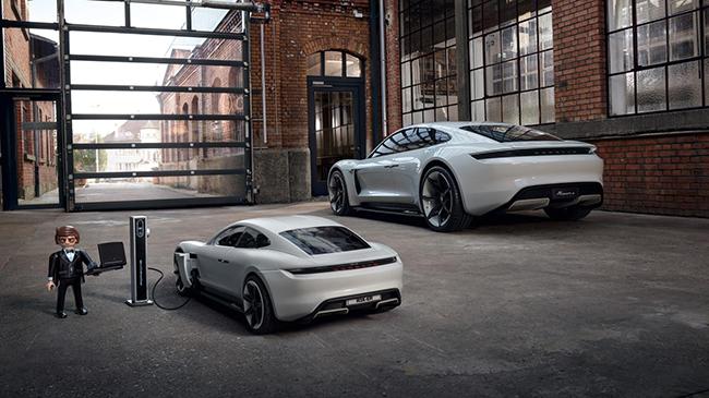 El Mission E es el prototipo del Porsche Taycan, el primer deportivo eléctrico de la marca.