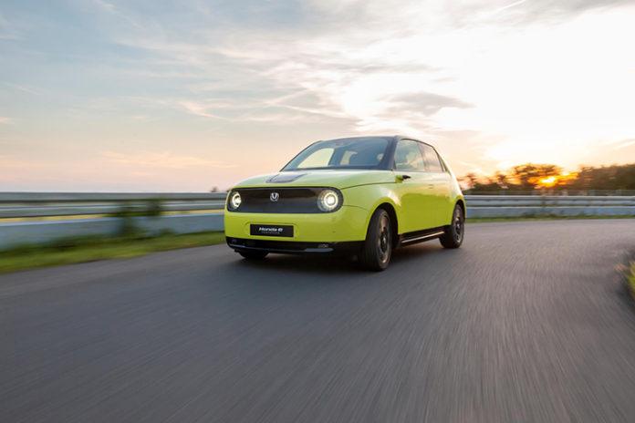 Honda e, el primer vehículo eléctrico de la marca.