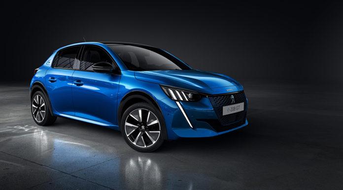 Peugeot e-208, el primer vehículo eléctrico de la marca, que llegará a comienzos de 2020.