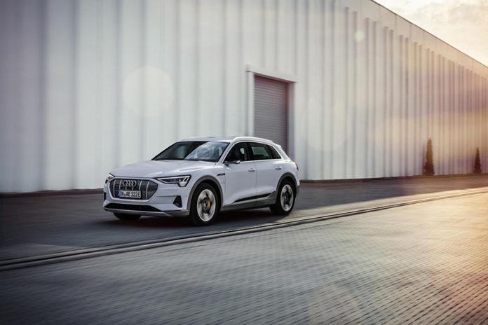Audi e-tron 50 quattro, el nuevo modelo de acceso a la gama del SUV eléctrico de Audi.