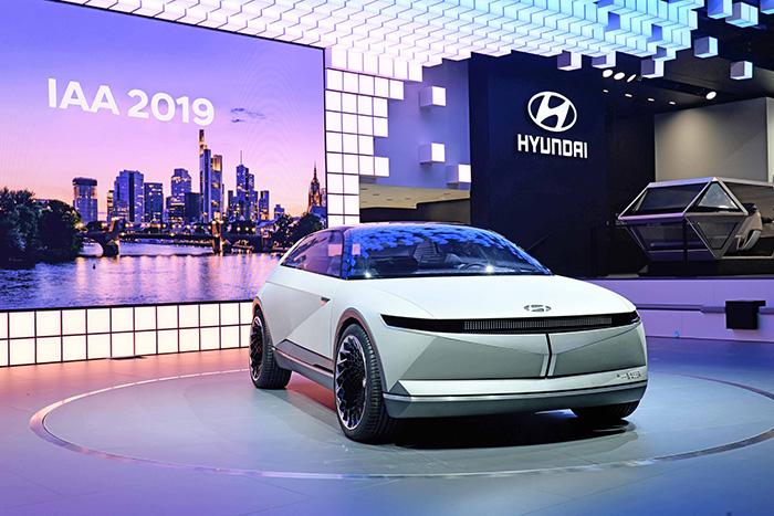 El 45 EV Concept fue presentado en Frankfurt.