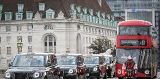 LEVC fabrica los taxis eléctricos negros que se pueden ver en Londres.