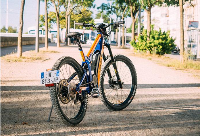 LMX 64-H, la bicicleta de montaña que también es un ciclomotor , adecuado para desplazamientos diarios.