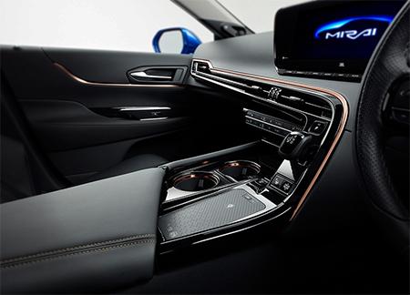 El interior, gracias a las mejoras del sistema de celdas de combustible, es ahora más espacioso.