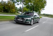 El nuevo Audi A8 60 TFSIe quattro lleva la propulsión híbrida enchufable a la categoría de lujo de la marca.