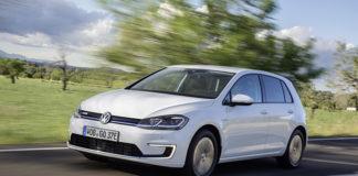 Volkswagen ha fabricado y entregado su e-Golf número 100.000 en la Fábrica de Cristal de Dresde.