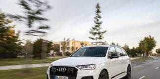 Audi Q7 60 TFSIe quattro, el nuevo híbrido enchufable, ya a la venta en España.