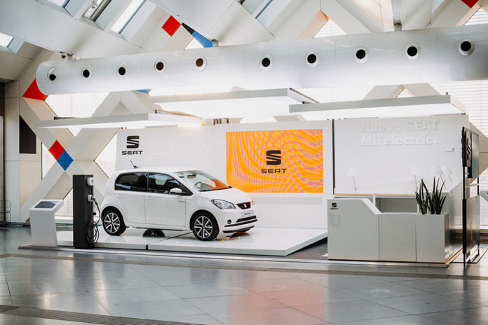 El SEAT Mii electric estará en el mercado español en febrero.