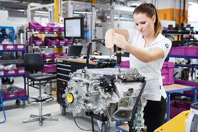 BMW Group garantiza la calidad de los componentes y la propulsión del modelo gracias al desarrollo y producción propios.