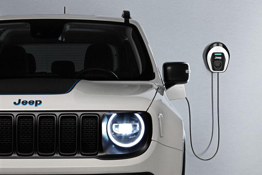 Los nuevos Jeep Renegade y Compass 4xe PHEV llegan a España