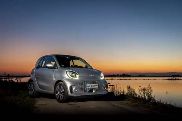 La nueva generación del smart EQ asume su rol con respecto a la movilidad futura, sostenible.