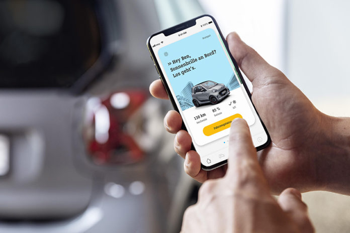 El nuevo smart EQ incorpora, como equipamiento opcional,'ready to share´, para compartir el coche con amigos.