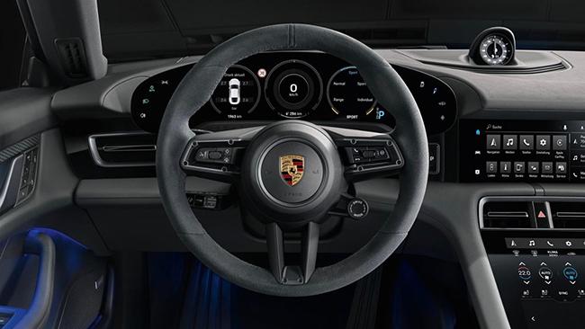 El medio británico también elogia el interior del vehículo.